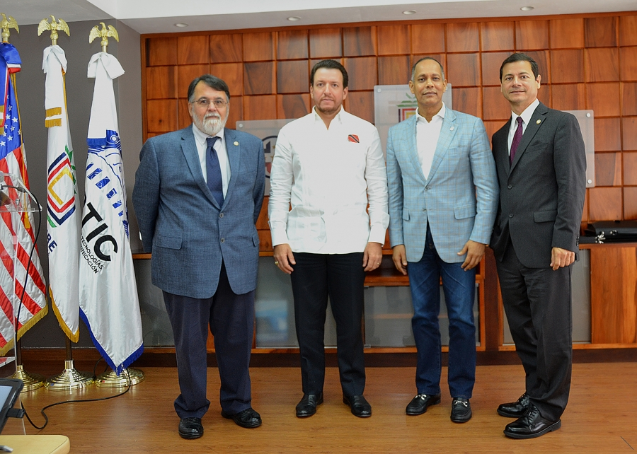 Incumbentes de OPTIC, UNICARIBE y Ayuntamiento de Miami